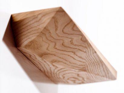Schuster Innenausbau aus Salach – Fachboden Eiche Massivholz