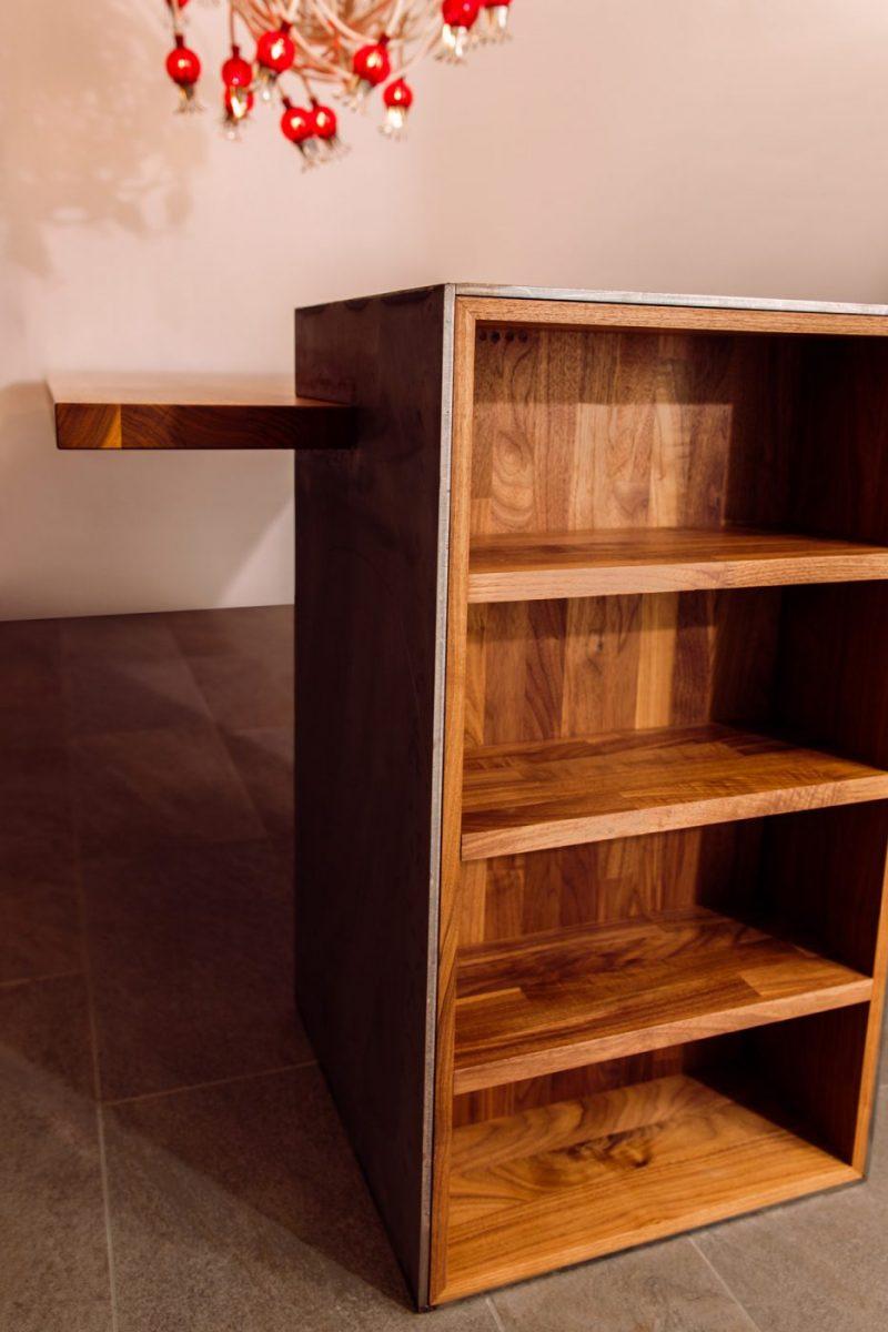 Schuster Innenausbau aus Salach – Individueller Esszimmertisch