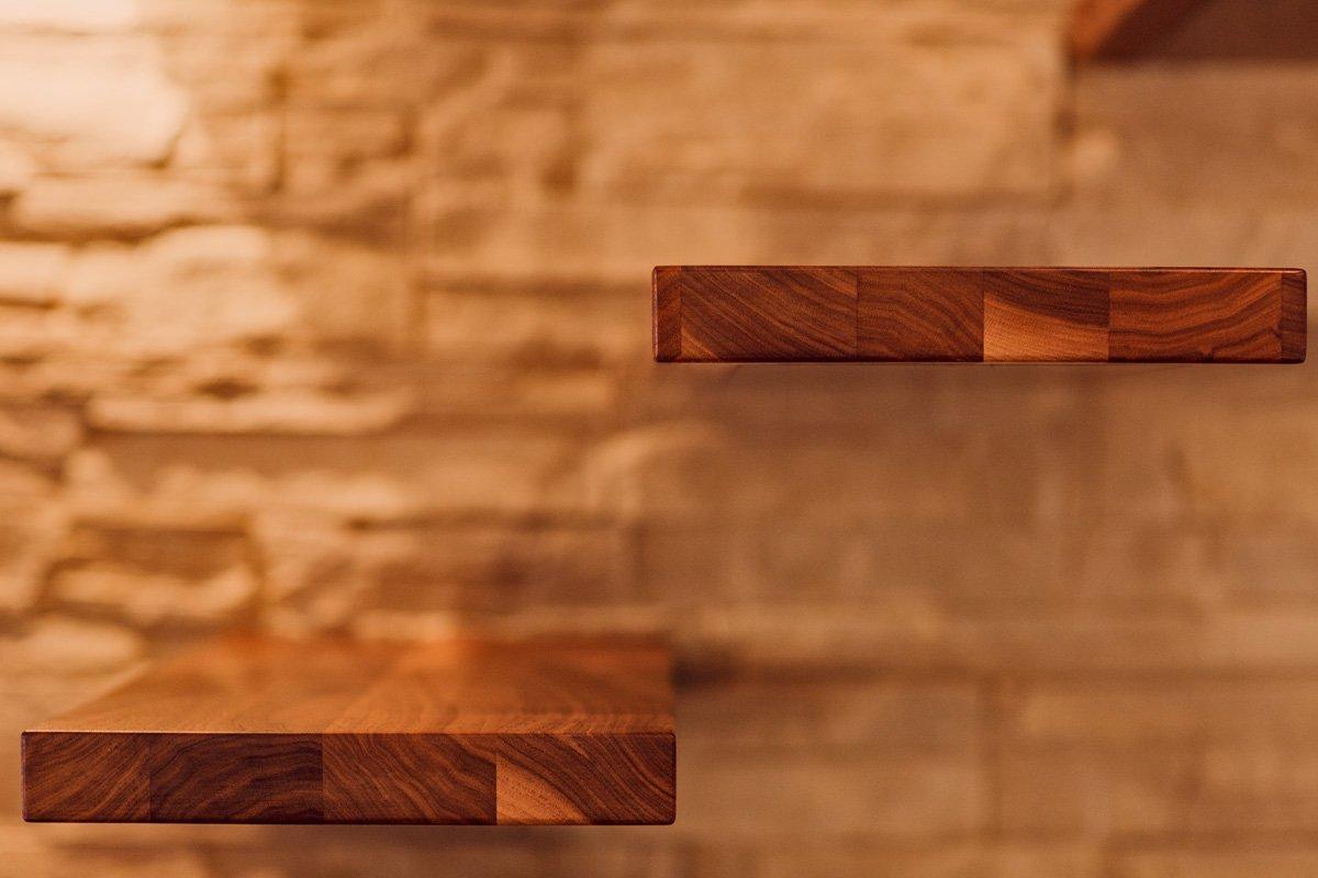Schuster Innenausbau aus Salach – Massivholz Treppenstufen