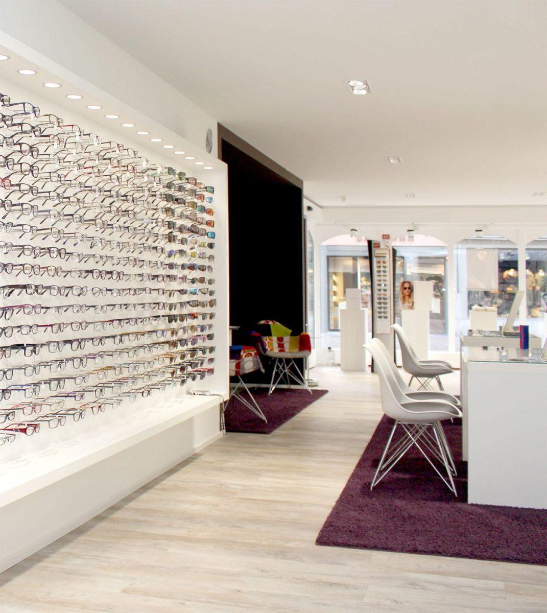 Schuster Innenausbau aus Salach – Ladenplanung Optik