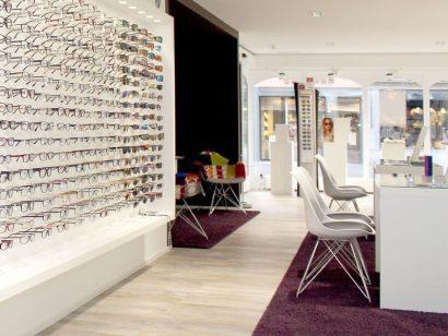Schuster Innenausbau aus Salach – Optiker Ladenbau Innenausbau