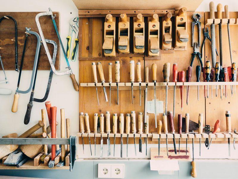 Schuster Innenausbau aus Salach – Ausbildung-zum-Schreiner