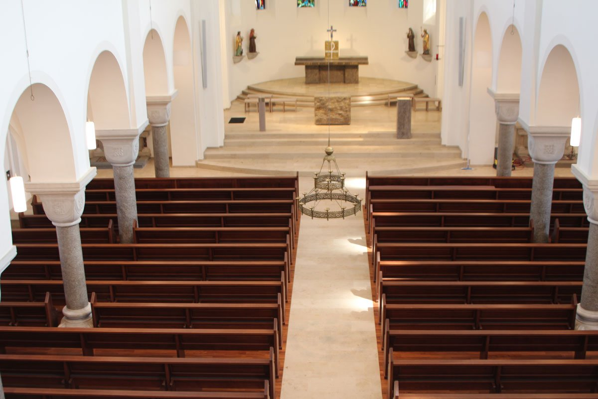 Schuster Innenausbau aus Salach – Restauration der Katholischen Kirche St. Margaretha in Salach 1