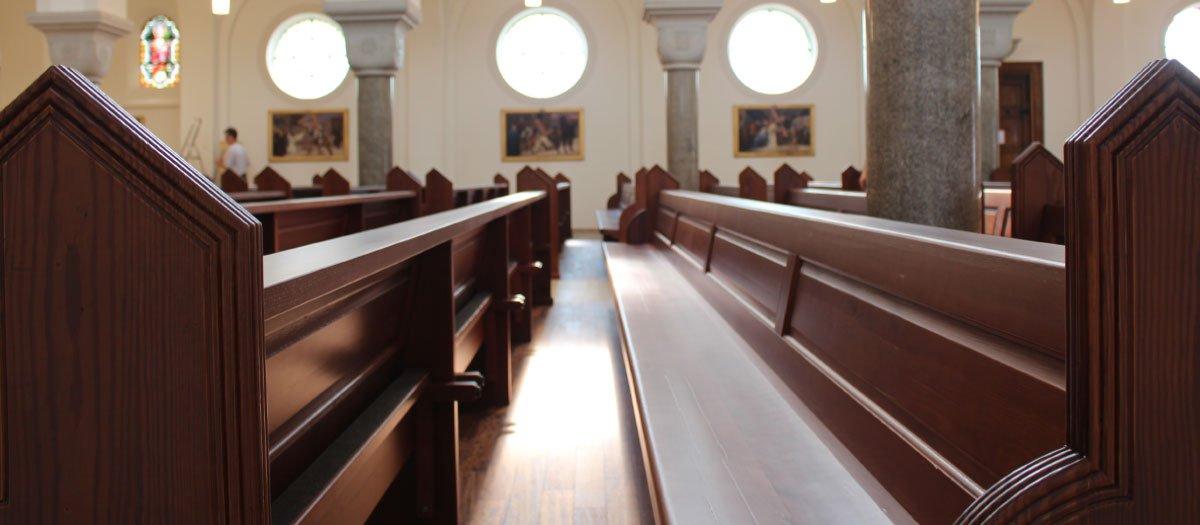 Schuster Innenausbau – Restauration der Katholischen Kirche in Salach