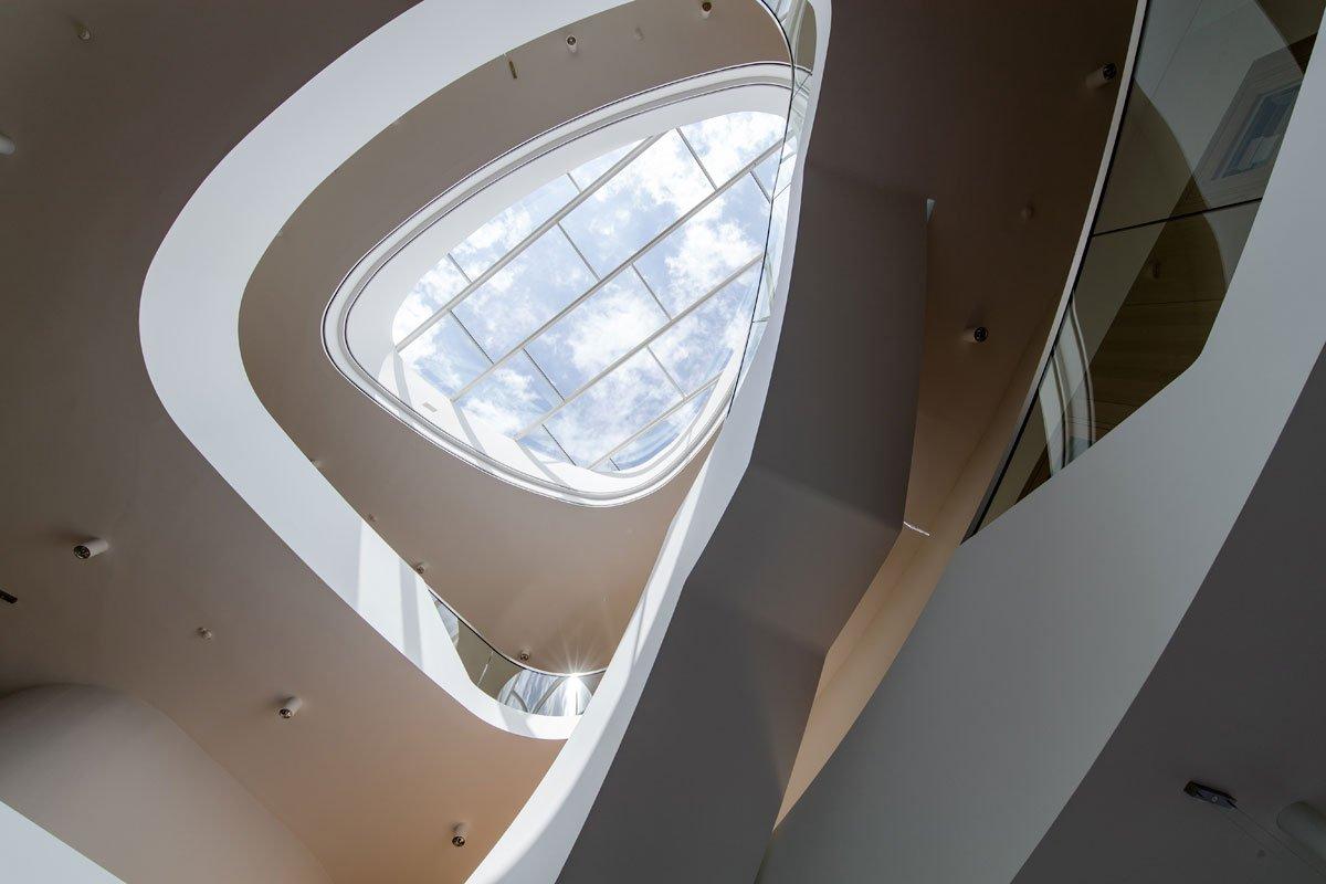Schuster Innenausbau aus Salach – Innenausbau Laborgebäude in Bad Boll Treppenauge 2