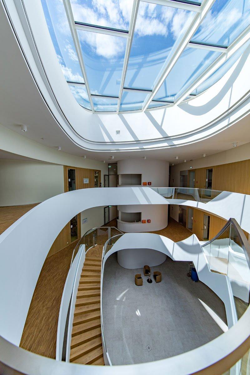 Schuster Innenausbau aus Salach – Innenausbau Laborgebäude in Bad Boll Treppenauge 7