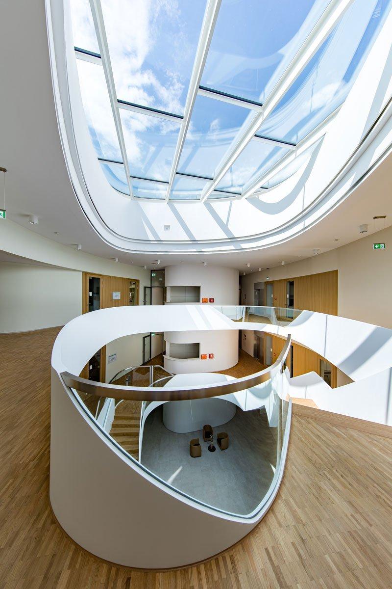 Schuster Innenausbau aus Salach – Innenausbau Laborgebäude in Bad Boll Treppenauge 8