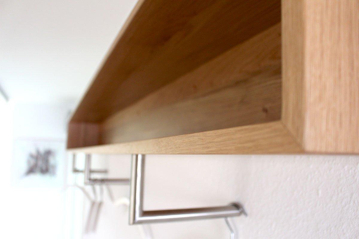 Schuster Innenausbau aus Salach – Umbau einer Zahnarztpraxis in Salach Garderobe