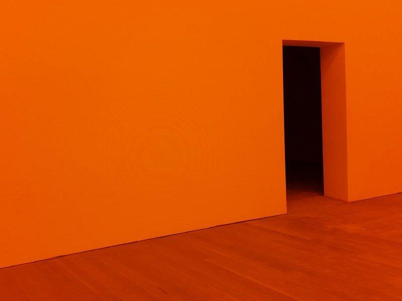 Schuster Innenausbau aus Salach – Farbwirkung-im-Innenraum-Welche-Farbe-wirkt-wie