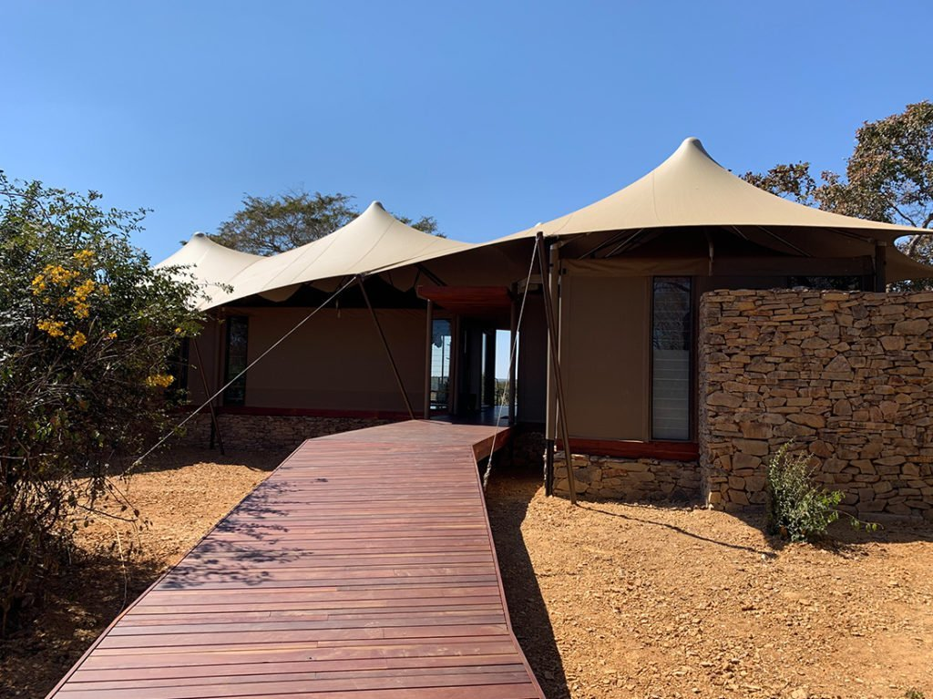 Schuster Innenausbau aus Salach – Innenausbau in Sambia Afrika-Lodge-1-1024x767