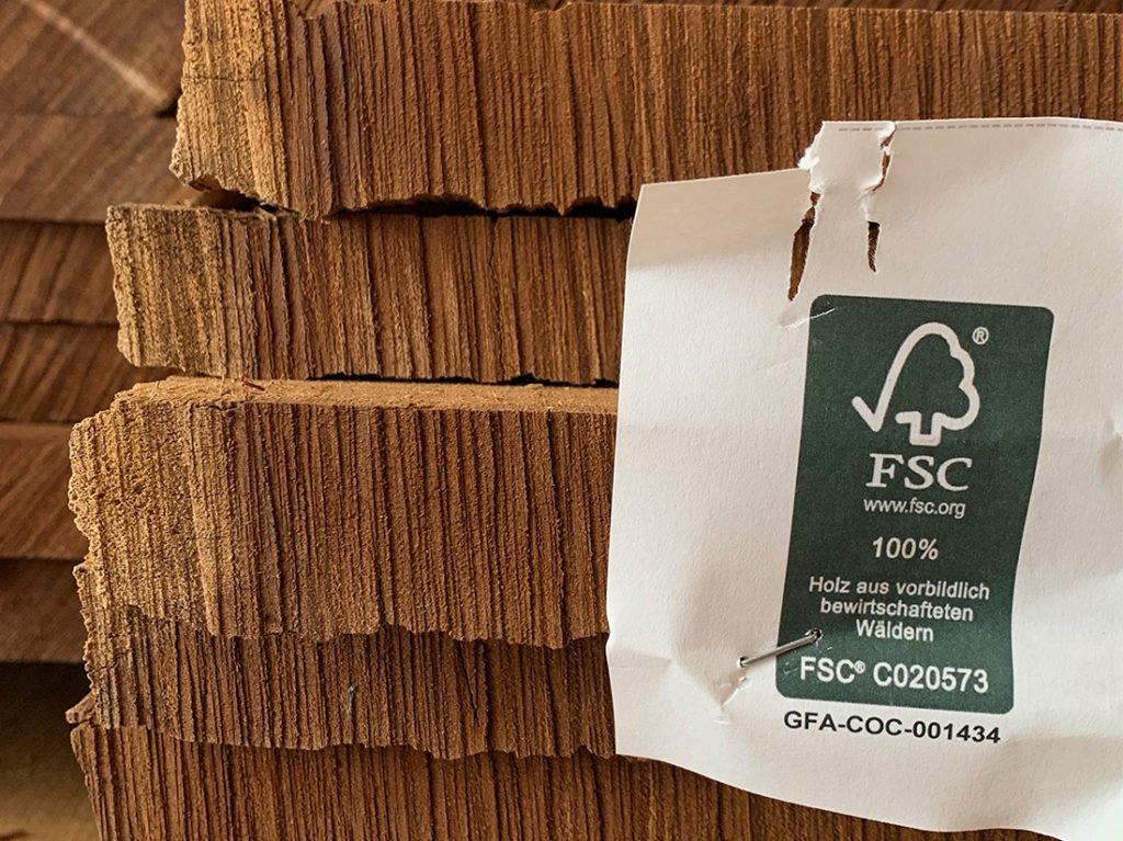 Schuster Innenausbau aus Salach – Innenausbau in Sambia Afrika-Massivholz-FSC-1024x767