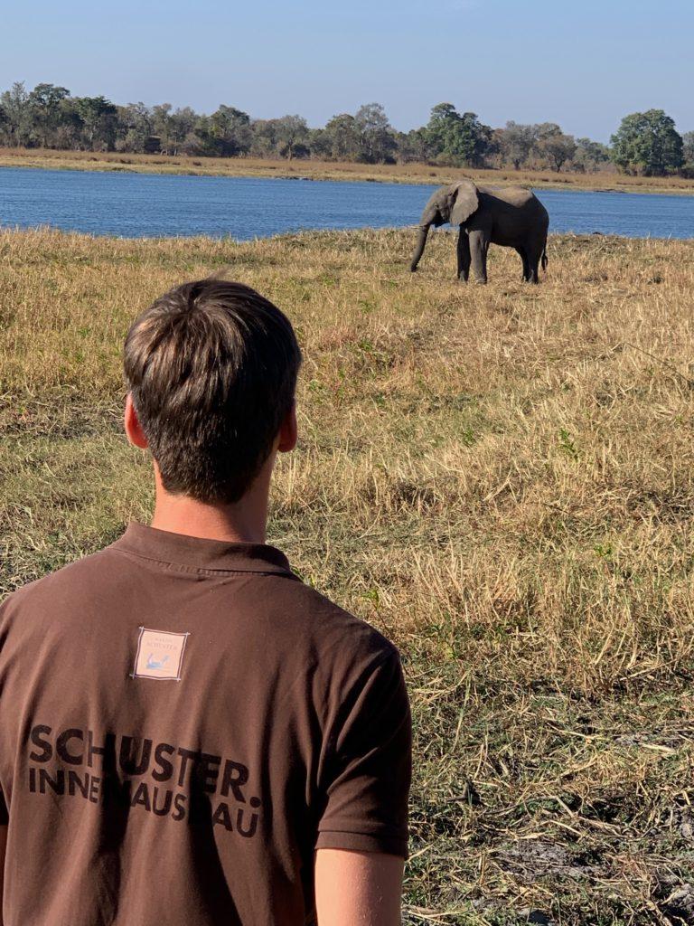 Schuster Innenausbau aus Salach – Innenausbau in Sambia Afrika-Social-Media-768x1024