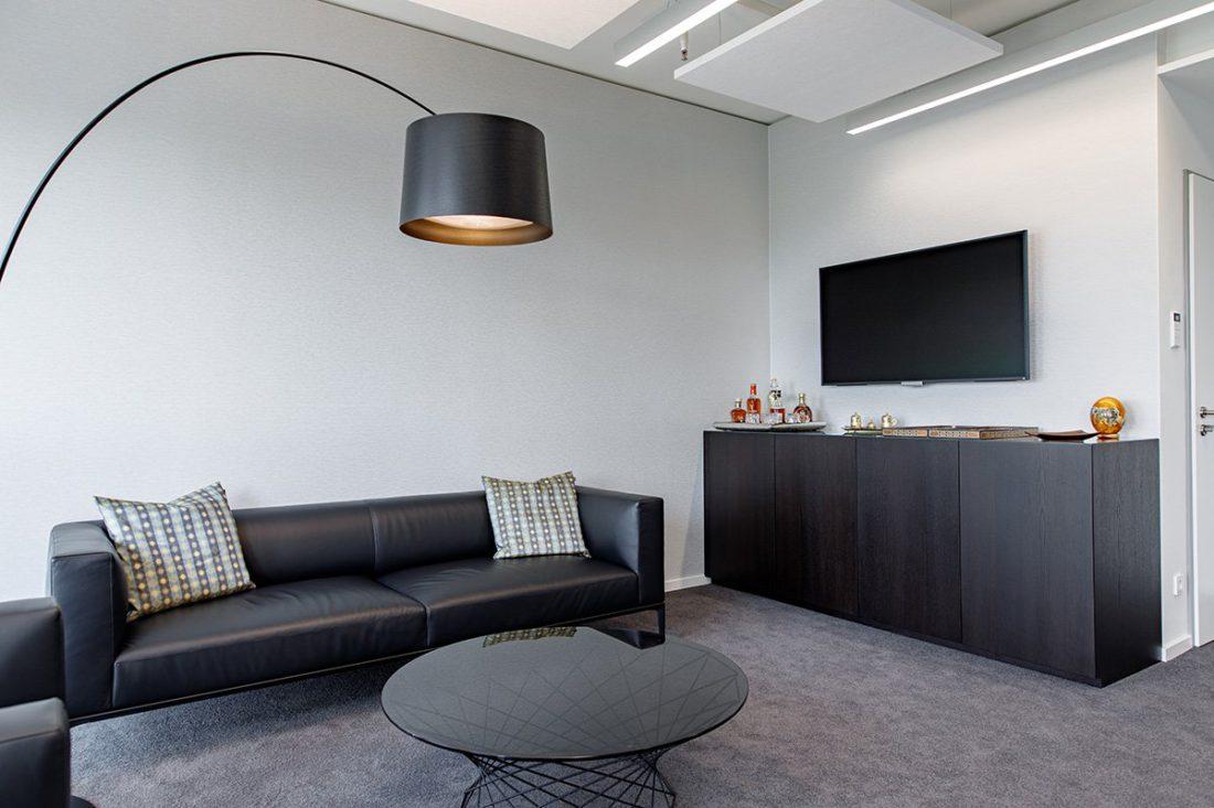 Schuster Innenausbau aus Salach – Bürogebäude mit Charme - Hochwertiges Büro